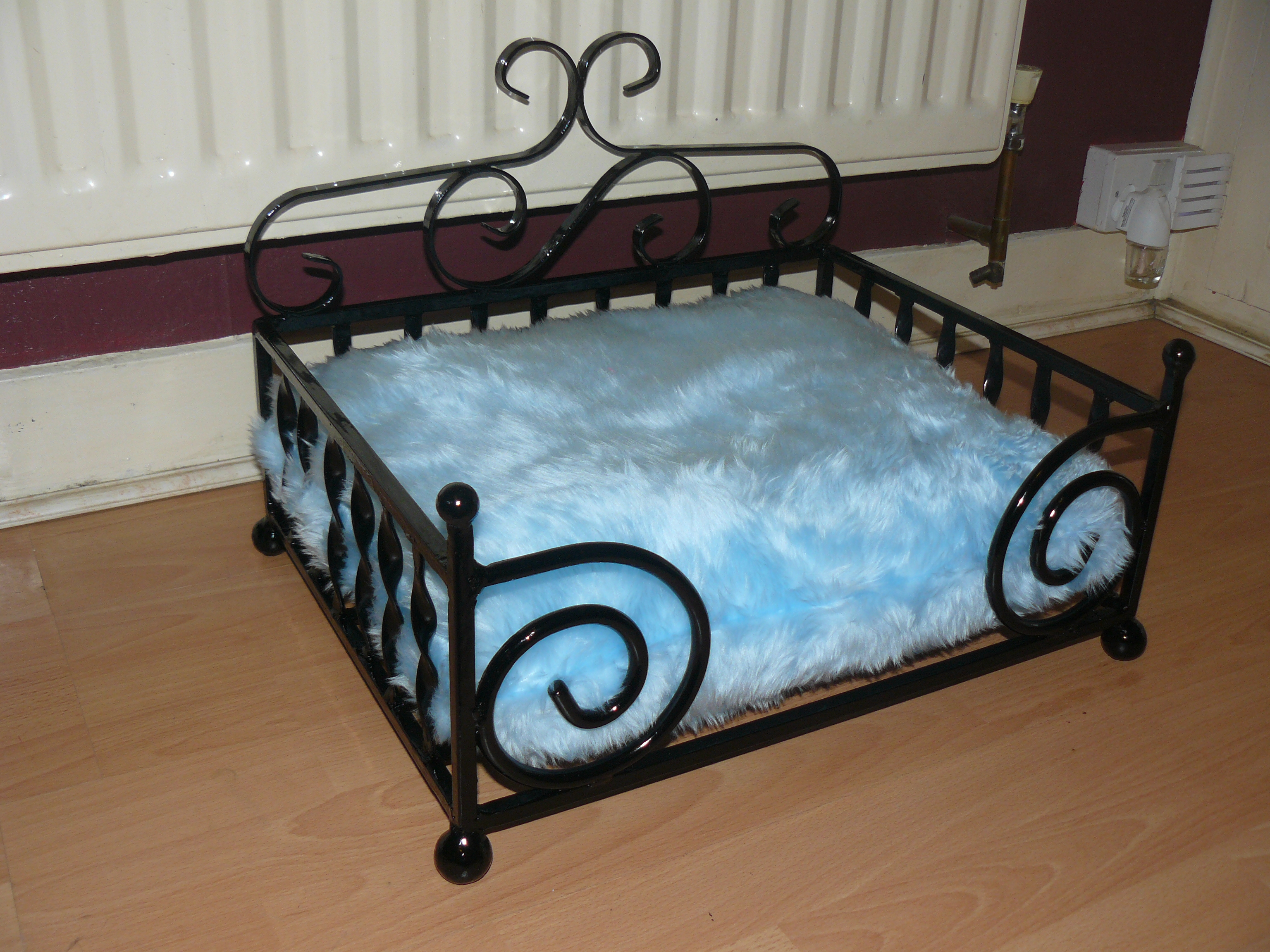 Baby blue diva dog bed wimborne wrought iron works