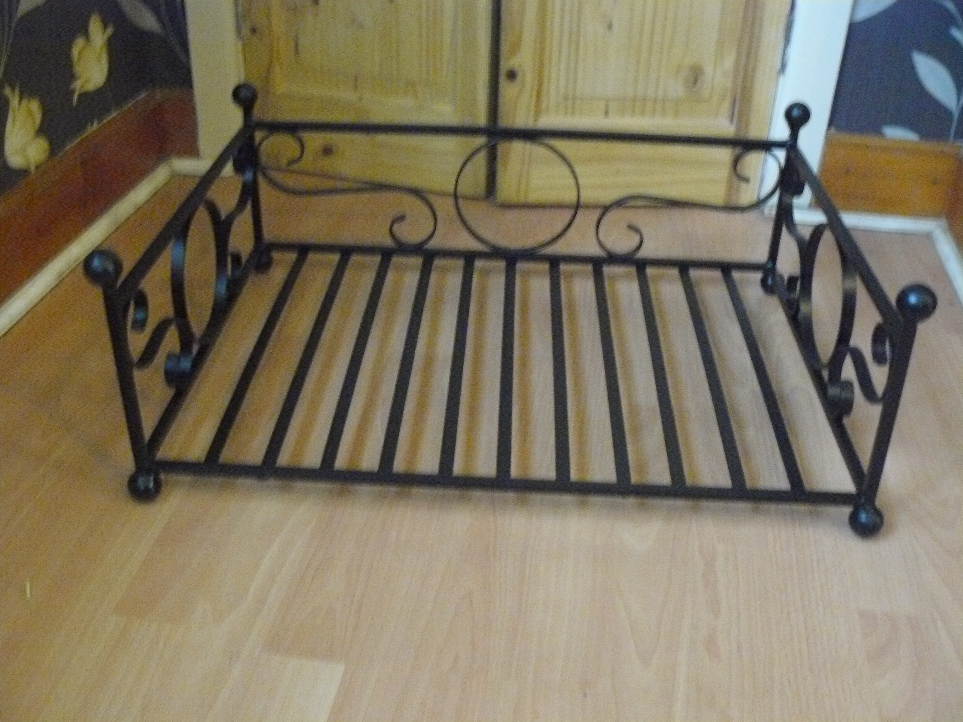 large cat bed / dog bed wimborne wrought iron works