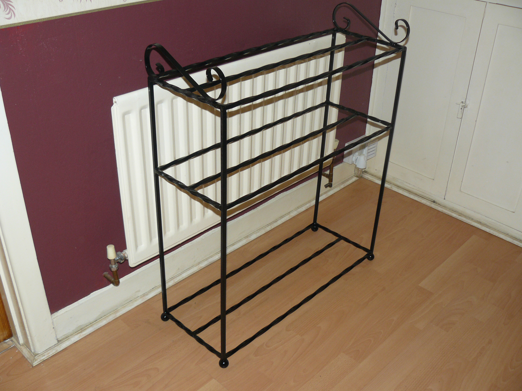 wellington boot shoe rack table