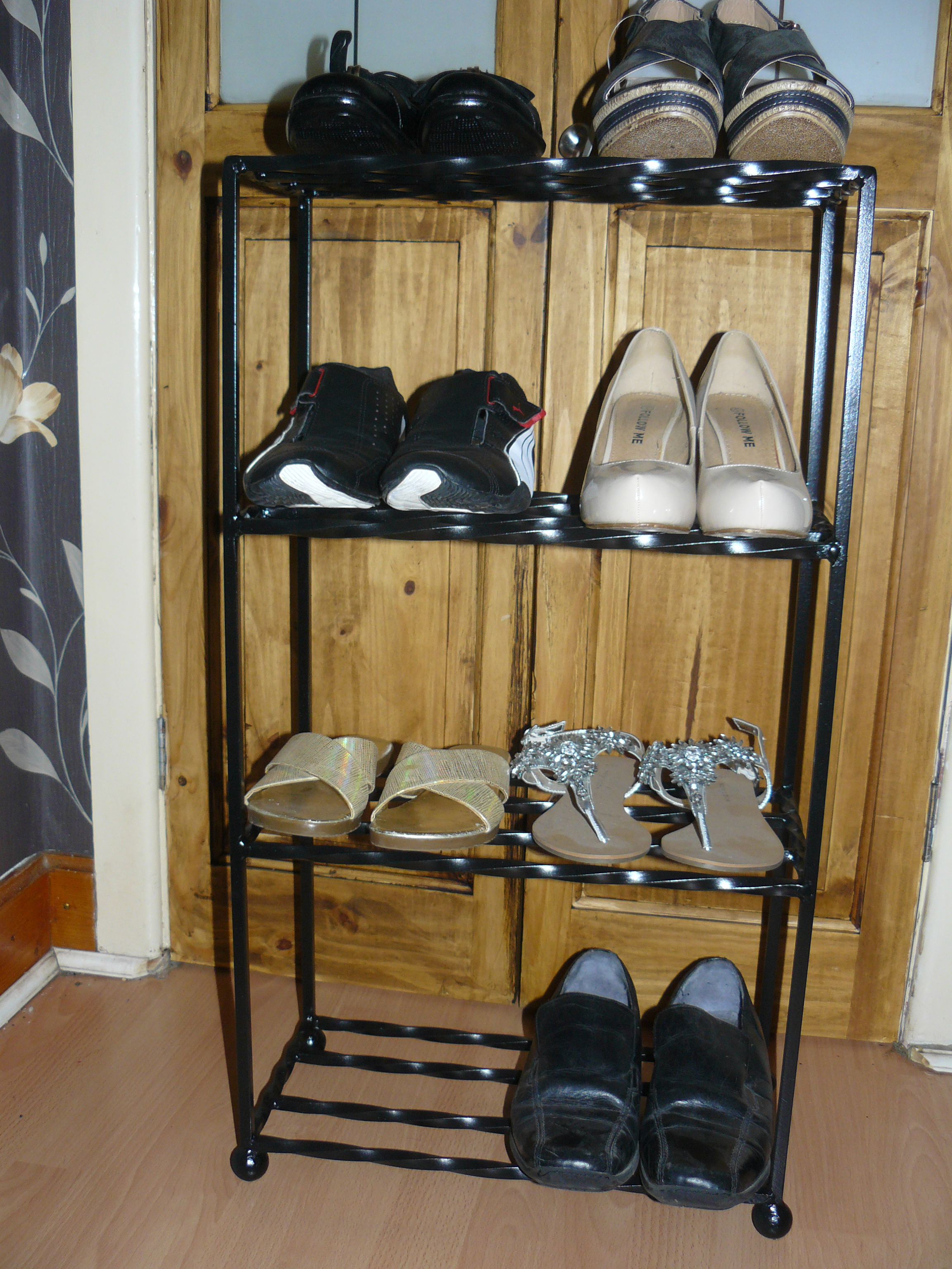 Eight air shoe rack wimborne iron